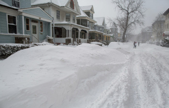 RESIDENTS OF CERTAIN Rhode Island towns who lost food from power outages during Winter Storm Nemo may be eligible for food aid from the U.S. Department of Agriculture.  / BLOOMBERG FILE PHOTO/SCOTT EISEN