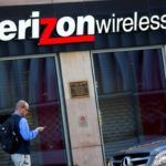 VERIZON Communications Inc., the biggest U.S. wireless provider, will start selling a package that includes unlimited data, a tacit acknowledgment that smaller competitors have struck a chord with consumers who want to stream video without worrying about exceeding a cap. / BLOOMBERG NEWS PHOTO