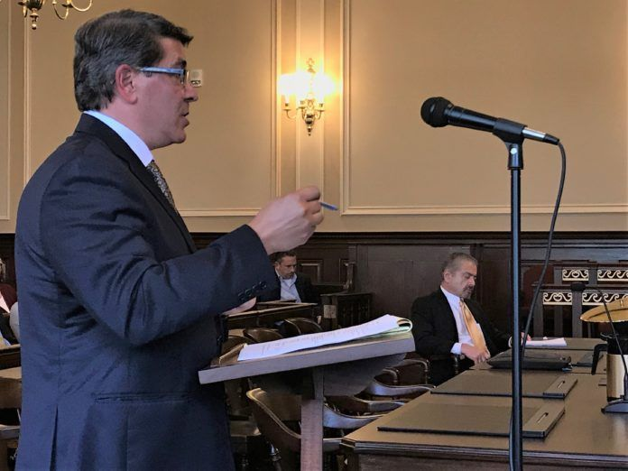 STEPHEN DEL SESTO testifies before R.I. Superior Court in 2017. He was appointed to usher the St. Joseph Health Services pension plan through receivership. Max Wistow, who was appointed special counsel, sits to his right. / PBN FILE PHOTO/ELI SHERMAN