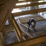 U.S. HOMEBUILDER SENTIMENT fell in December to the lowest level since 2015. / BLOOMBERG NEWS/TY WRIGHT