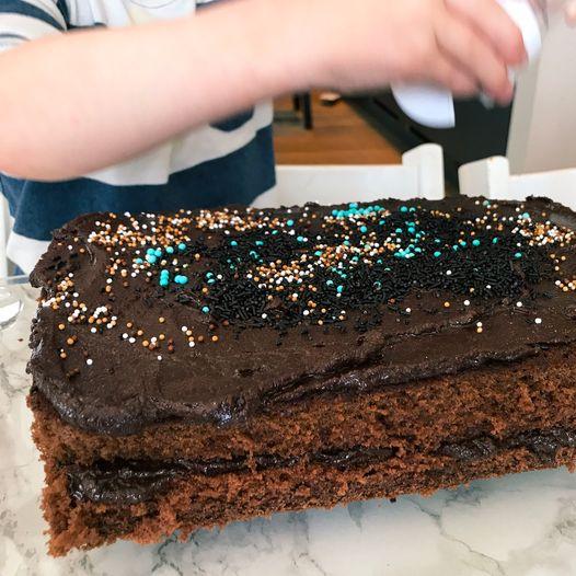 Oppskrift på fyldig sjokoladeglasur til sjokoladekake
