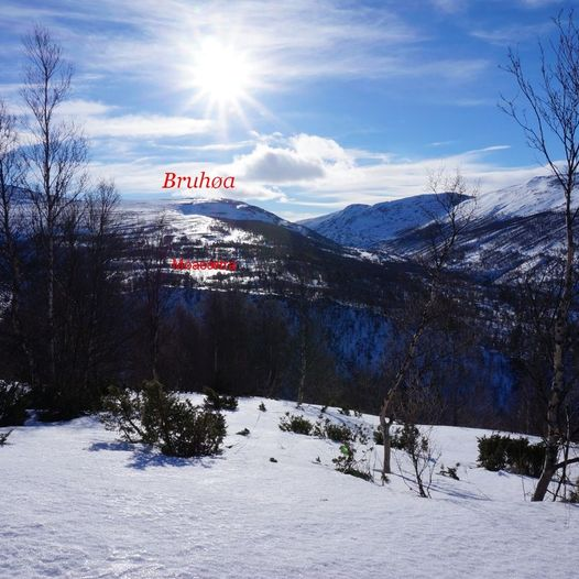 Ski tur til to Høer og en åpen bu i Vinstradalen.
