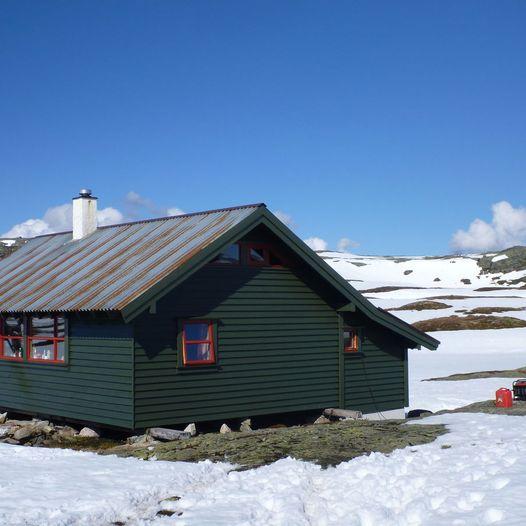 På ski fra Funningsland til Melands Grønahei