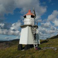 Søre Raudøya fyrlykt i Osen / fottur rundt Søre Raudøya