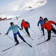 Familievennlig skitur  til Skjenegge (1607 moh.) i Jotunheimen