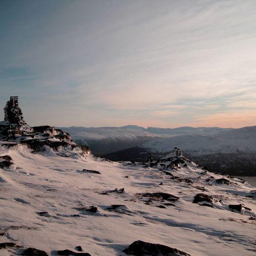 Bårdsfjellet 1146 moh. og ned om Gjevilvassporten en fin rundtur.