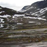 Stien mellom Tjønnebu og Vakkerstøylen