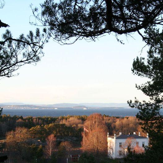 Vardås og Ravnås i Rygge