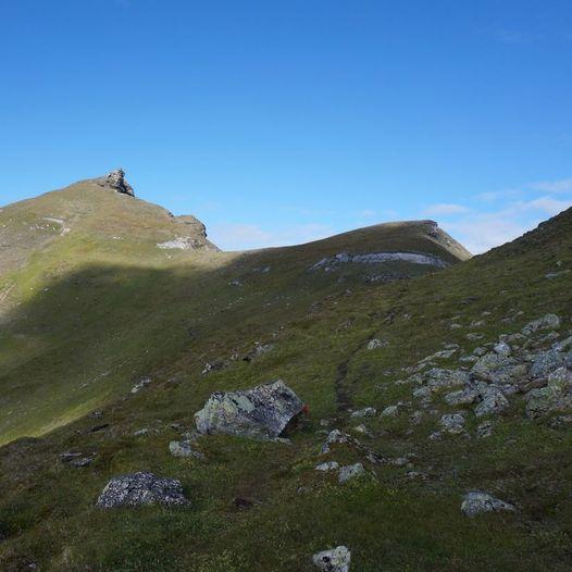 Stortinden 1022 moh. i Drangenmassivet.