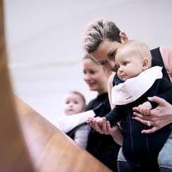 Babyomvisning: Utvalg fra samlingen