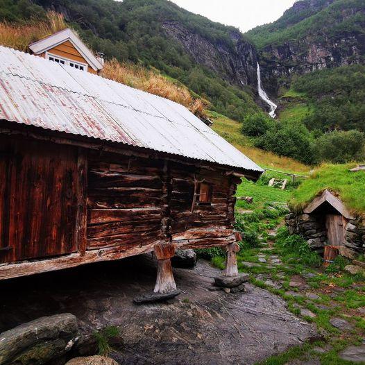 Sinjarheim (Ślady w Norwegii)