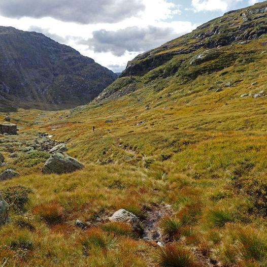 Viermyrdalen og Krossgavlen - landskap med kontraster