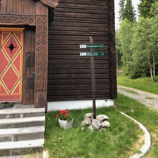 Barnevennlig tur på Lognvik Søndre, fra fjellstua til Kvanntjønndalen og Grostølvannet