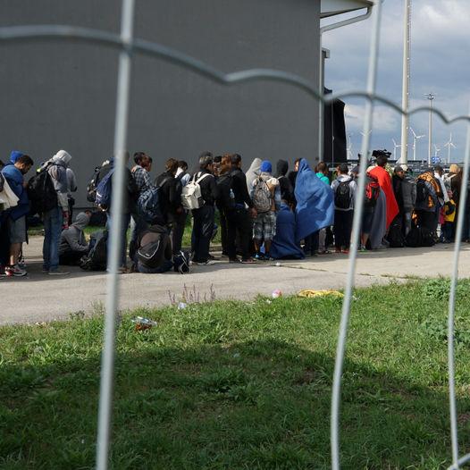 Global morgen: Flyktningsituasjonen i Europa - hva skjer?