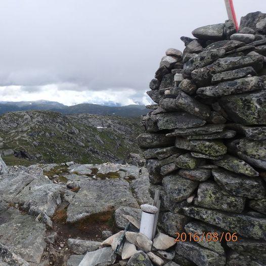 Rundtur over Stordalsvarden og Ulvedalseggane (på fot og ski)