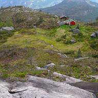 Kalhovdastølen i Indre Masfjorden og topptur til Skarpefjellsnakken 778 MOH
