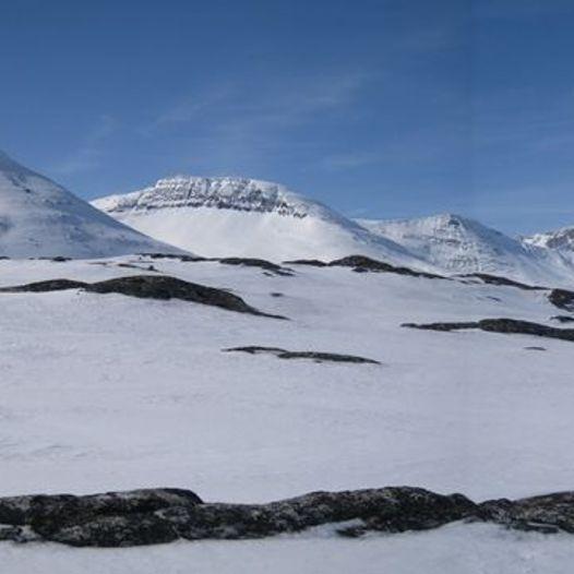 Høa rundt er en fin rundtur med langrennsski