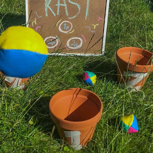 Treff ballen i bøtta – morsom hagelek for hele familien