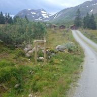 Fottur til Nordre Smørskredtind fra Strandamoldskreddalen