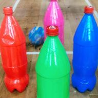 Bowling med brusflasker