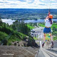 Zipline i verdens største hoppbakke