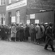 Kari Nordvik : Haugesund kommune og den økonomiske krisen i tida 1920-1930
