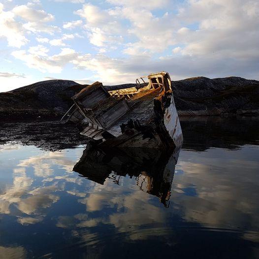 En perle av en padletur, Grasbakkholman, Veidnesfjorden i Varangerfjorden