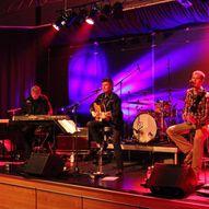 Opningsshow av Kilstraumen Sommerfest - konsert med Never Mind