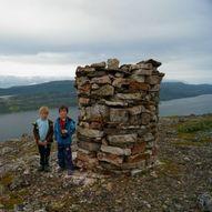 Topptur til Rihtávárri - Skarnesåsen 207 moh i Tana kommune