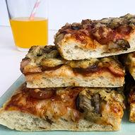 Oppskrift på verdens beste og enkleste pølsepizza