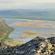 Topptur til Rødberget - Ruoksadas 330 moh i Tana kommune