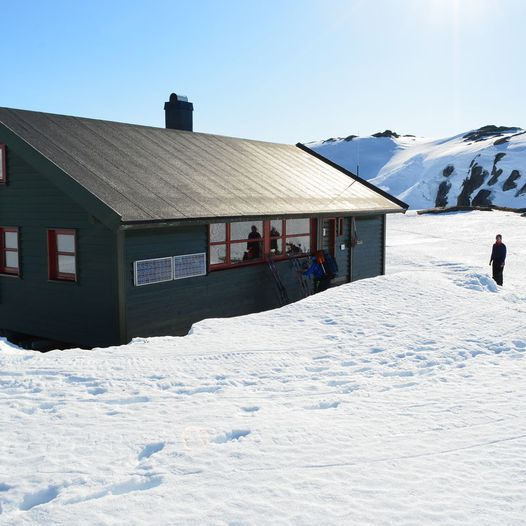Skitur fra Jonstølen til Krossvatn via øst for Skoranutane