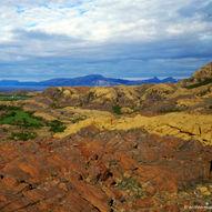 Ørnerovposten, utsiktstur i fargerike bergarter fra jordas indre