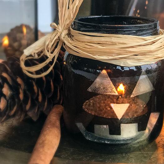 Skremmende enkel telysholder til halloween