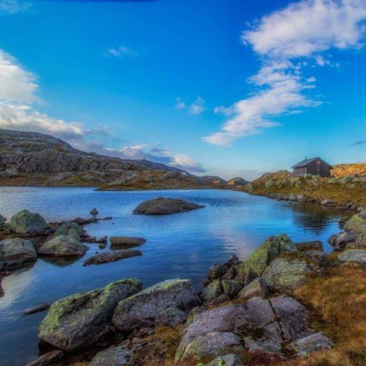 Fra fjord til fjord i Stølsheimen