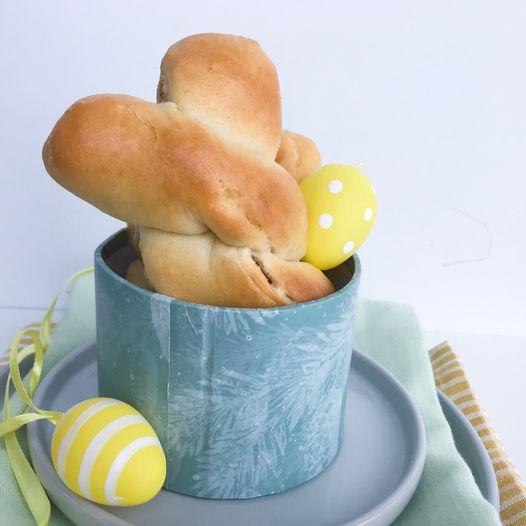 Kaninknuter fylt med kanel og sukker til påske