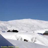 Frå bakke til bakke på ski ved Voss