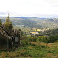 Tur til Grovgardane og Flatagrov på Rotneim