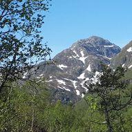 Fotasperrnuten - bratt topptur frå Steinskvanndalen