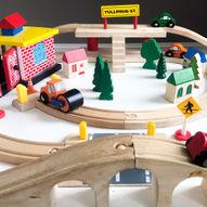 Slik lager du et togbord, enkelt og billig