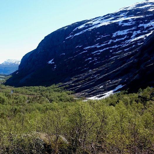 Tur fra Førdedalen i Ålfoten til Keipen 1362 moh og tilbake.Turen er ca 27km