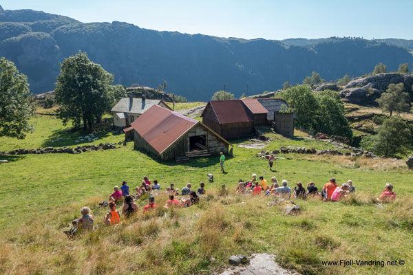Oversiktsbilde over fjellgården Kleppali