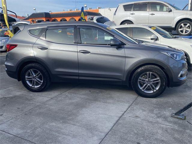 2017 Hyundai Santa Fe Enterprise Gisborne image 16