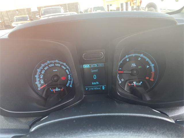 2014 Holden Colorado Enterprise Gisborne image 14