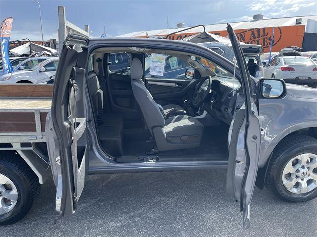 2016 Holden Colorado Enterprise Gisborne image 5