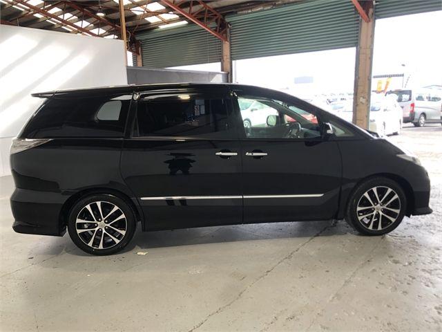 2015 Toyota Estima Enterprise Hamilton image 12