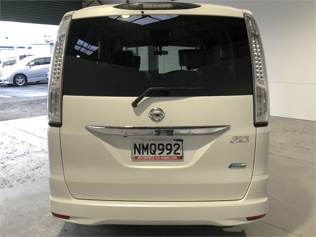 2013 Nissan Serena Enterprise Hamilton image 9