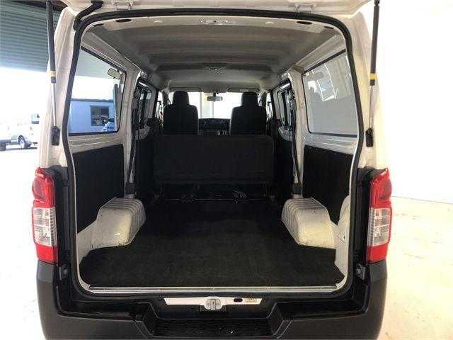2019 Nissan Caravan Enterprise Hamilton image 17