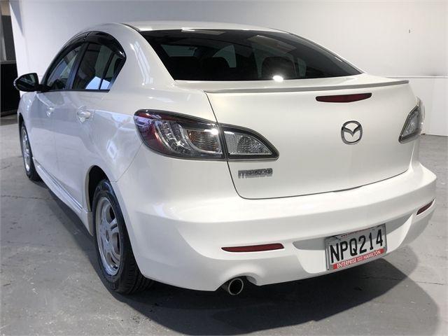 2012 Mazda Axela Enterprise Hamilton image 8
