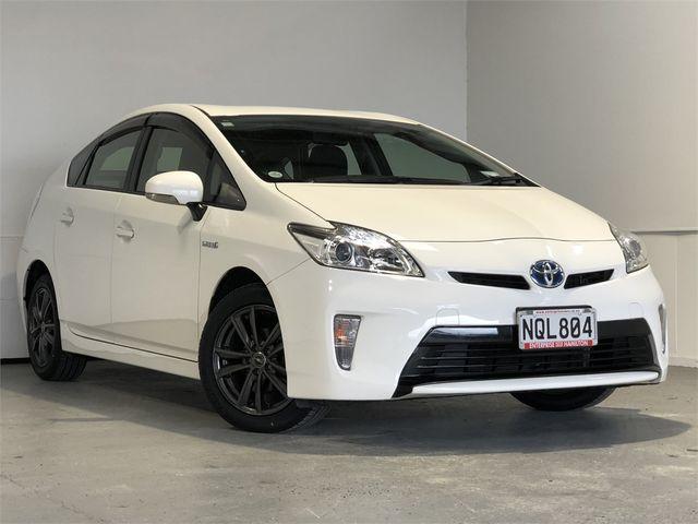 2014 Toyota Prius Enterprise Hamilton image 1